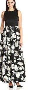 Sangria Black floral dress size 8